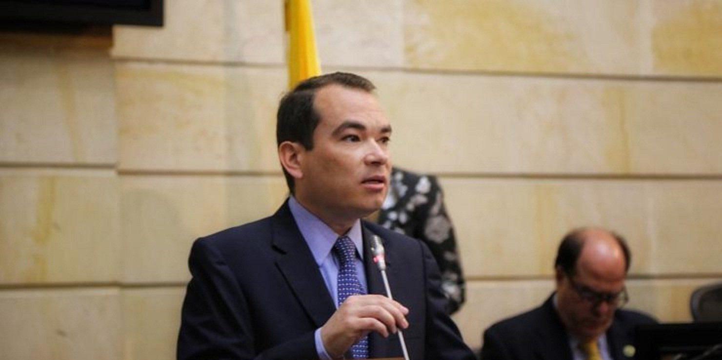 Guanipa asegura que las acciones del régimen violan la Convención Interamericana de Transparencia en la adquisición de armas