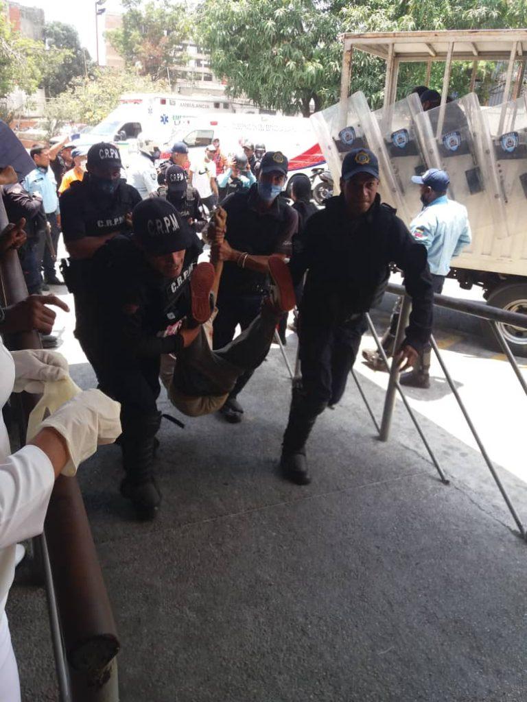 Policía-herido-en-enfrentamiento-en-la-guaira-