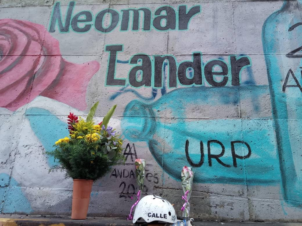 Mural-en-honor-a-Neomar-Lander-