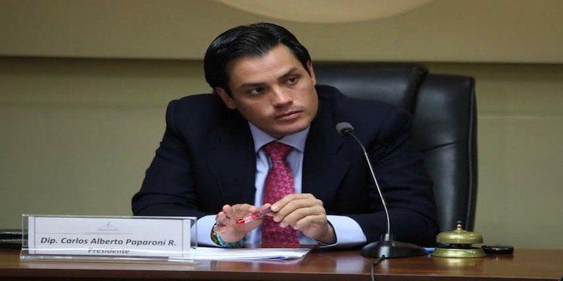 Maduro se mantiene en el poder, debido al uso de grupos terroristas dentro de Venezuela