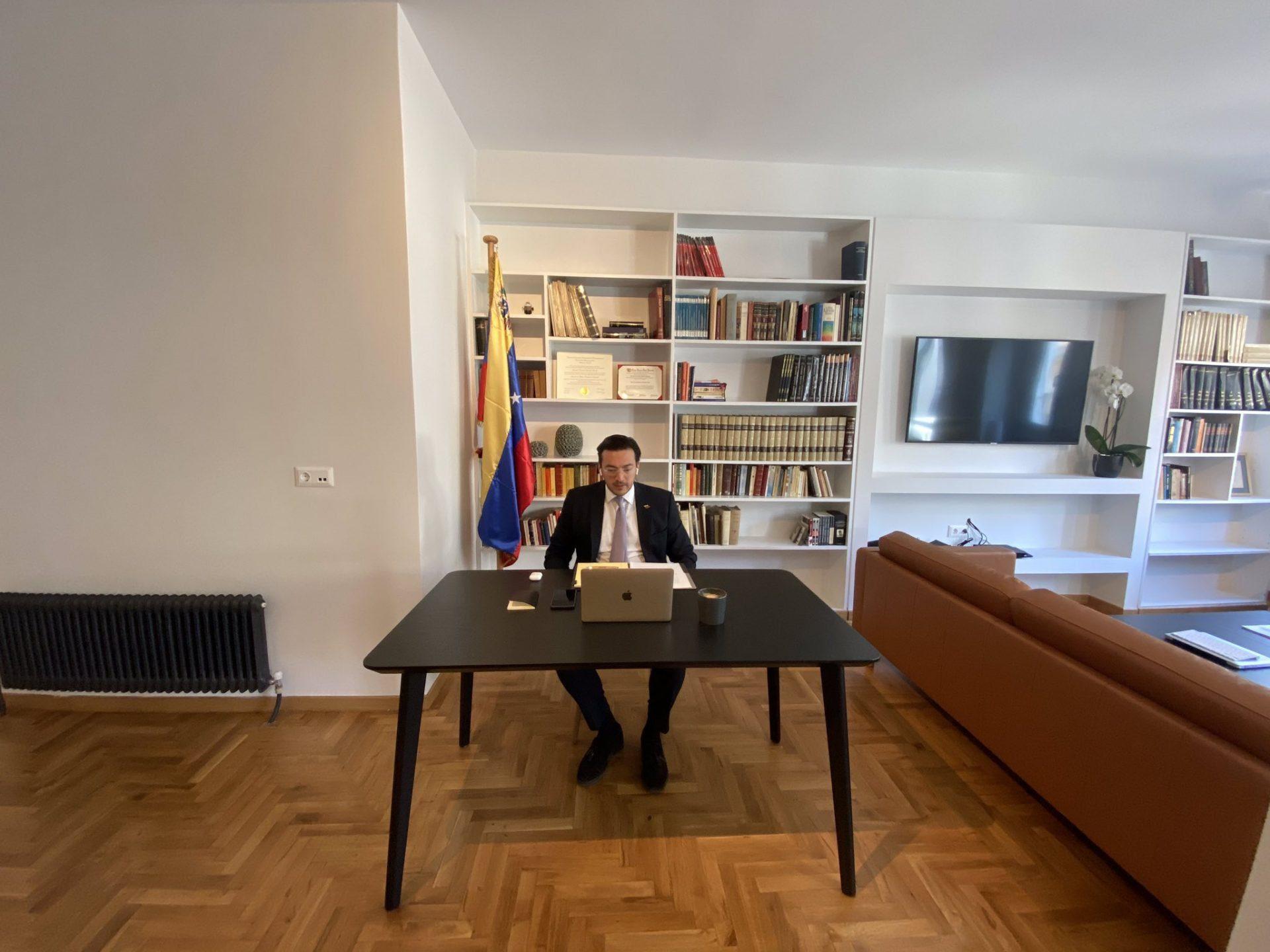 Embajador-venezolano-en-Gracie-Eduardo-Messieu-