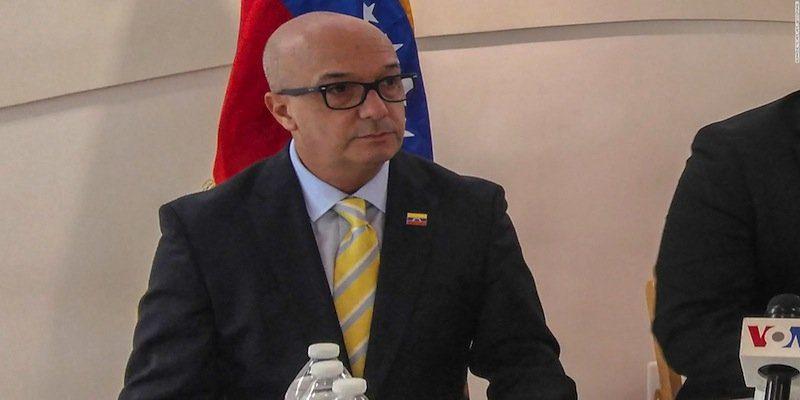 Simonovis alertó que a Ramo verde están llegando presos procedentes de estados donde los casos de coronavirus son elevados, como en el Táchira.