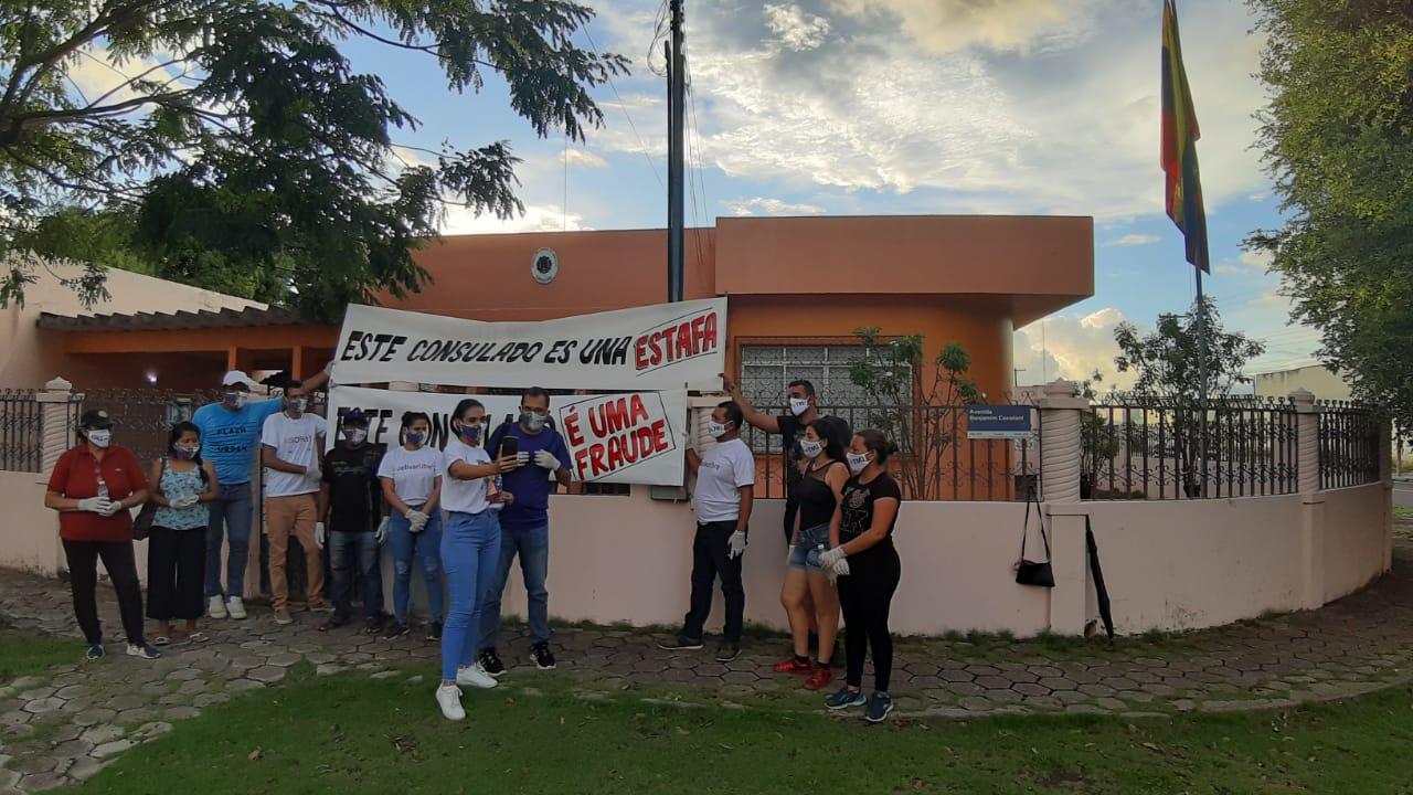 protesta-venezolanos-Consulado-Brasil