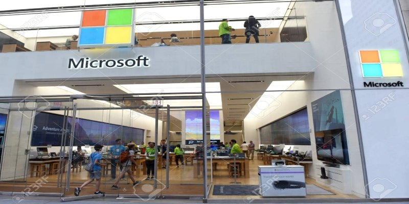 Microsoft-cierra-tiendas-mundo