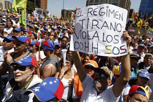 Ser chavista no es garantía para el respeto de los derechos humanos. La periodista Sebastiana Barraéz hace un recuento de los casos en los que los asesinatos y desapariciones se aplicaron, sin importar que sean militantes de la revolución