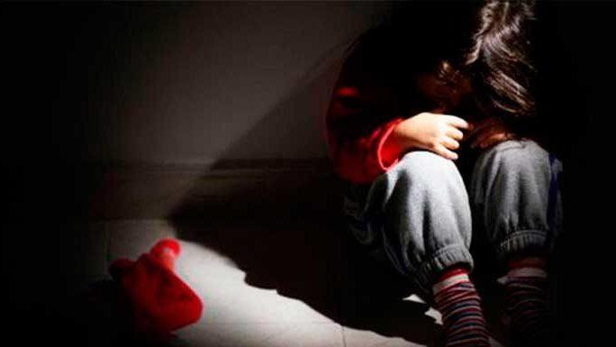 violaba-hija-seis-años