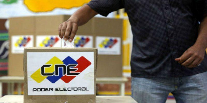 El Observatorio Electoral Venezolano (OEV) detectó una serie de vicios en el proceso comicial convocado por el régimen para el 6 de diciembre. En un informe publicado por el OEV en su portal, se destaca que ya se evidencia ventajismo por parte del Estado.