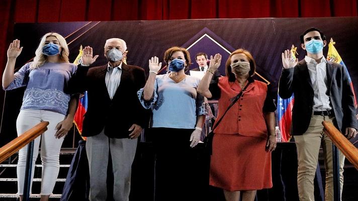 La Asamblea Nacional juramentó a los integrantes del comité organizador de la Consulta Popular promovida por el presidente encargado Juan Guaidó.