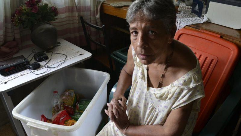 Sobrevivir con una pensión de poco más de un dólar al mes es una odisea que viven millones de ancianos en Venezuela.