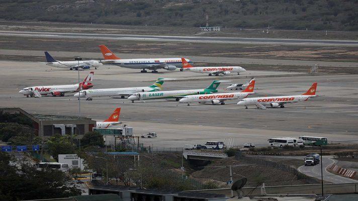 Las aerolíneas nacionales Laser y Avior anunciaron el pronto reinicio de sus operaciones comerciales. Esto ocurre luego del anuncio del INAC sobre la apertura de vuelos hacia República Dominicana, México, Irán y Turquía.