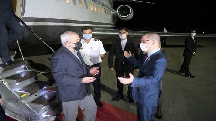 Mientras el mundo está pendiente de los resultados de las elecciones en los Estados Unidos, el régimen de Nicolás Maduro celebra la llegada a Venezuela del canciller de Irán, Mohamad Yavad Zarif.