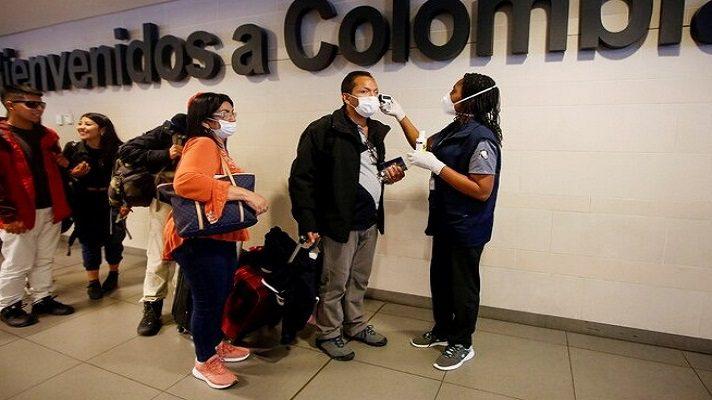 Anderson Jiménez es un colombiano residente en el municipio de Ocaña. Viajó a Caracas en marzo. Inicialmente pensaba quedarse quince días para visitar a sus familiares. Debido al cierre de la frontera y a la COVID-19, su retorno se ha pospuesto.