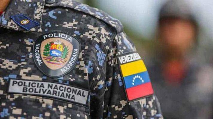Un funcionario de la Policía Nacional Bolivariana (PNB) fue asesinado y otros dos resultaron gravemente heridos durante un ataque perpetrado por por delincuentes en la avenida Páez de la parroquia El Paraíso, en Caracas.