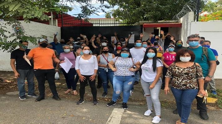 Aquellos migrantes indocumentados que se encuentran en República Dominicana no serán vacunados contra la COVID-19. Al menos no con las dosis de vacunas que está gestionando el Gobierno de esa nación. El anuncio lo hizo el presidente Luis Abinader.