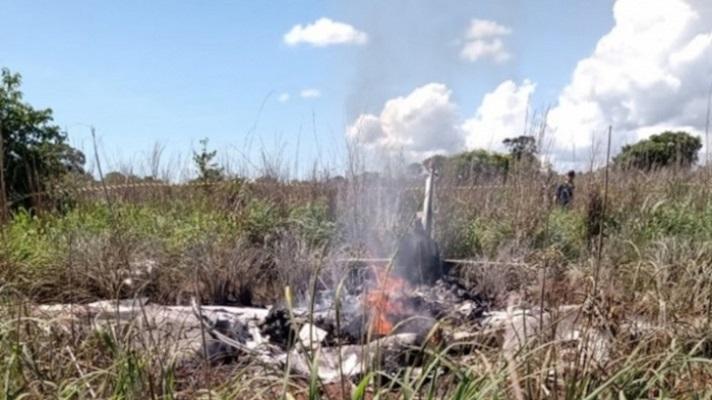 Cuatro futbolistas del Palmas, un club de la cuarta división de Brasil, su presidente y un piloto murieron este domingo en un accidente de avioneta. Todo ocurrió en el norteño estado de Tocantins, informó el club.