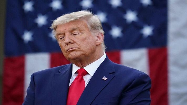 El expresidente Donald Trump sufrió un revés este lunes. La Corte Suprema de Estados Unidos denegó una petición de la defensa para impedir que sus declaraciones de impuestos sean entregadas a un fiscal de Nueva York.