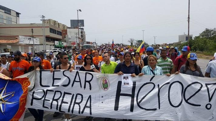 Después de tres años y medio de retraso judicial, finalmente se inició el juicio contra el exfuncionario de Polianzoátegui, Onán Pereira. Él está acusado por el homicidio del joven César Pereira, hecho ocurrido el 28 de mayo de 2017 durante las protestas contra Nicolás Maduro.