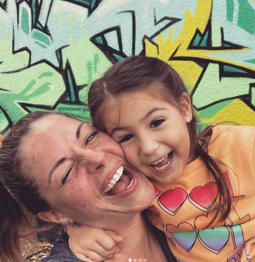 Jalymar Salomón y su hija Alana. Foto: Instagram