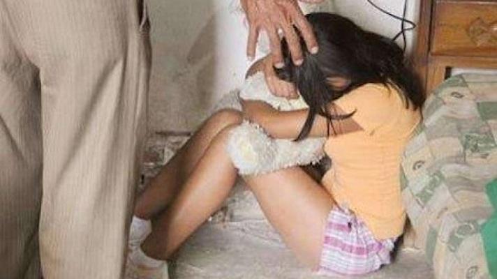 En San Diego, estado Carabobo, detuvieron a un sujeto por abusar sexualmente de su hijastra de 11 años. El aberrado cometió los actos desde que la pequeña tenía 8 años.