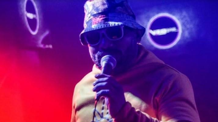 Alejandro Conde, cantante de Mata Rica, necesita ayuda