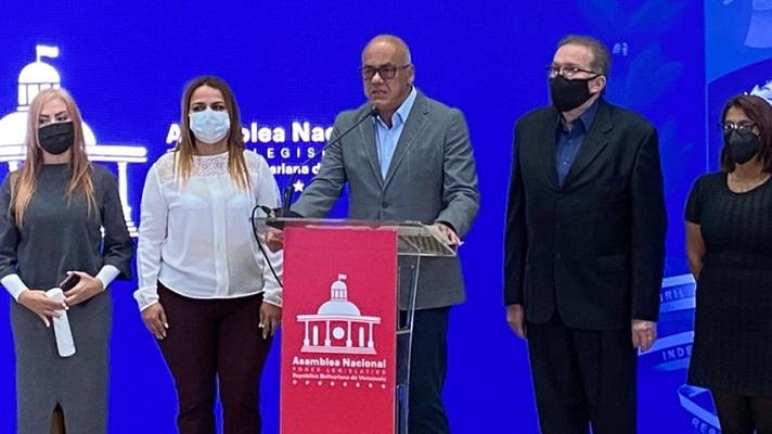 Jorge Rodríguez acusó a Iván Duque de ser responsable del