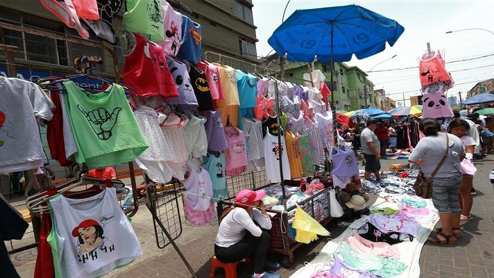 El esquema de 7x14 propuesto por Nicolás Maduro para flexibilizar la pandemia, ocasionará más informalidad en la economía. La advertencia la hizo Felipe Capozzolo, presidente de Consecomercio.