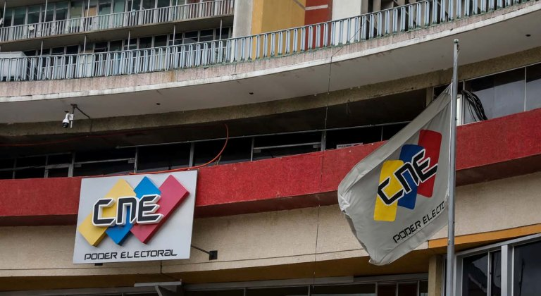 En un comunicado, los partidos opositores que apoyan a Juan Guaidó refutaron el anuncio del Comité de Postulaciones de la lista de 103 candidatos al CNE