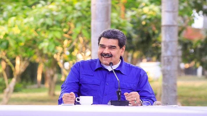 Nicolás Maduro anunció este miércoles que tiene un plan para que en 60 días se resuelva el problema de la escasez de gasoil. Se trata de un plan de «emergencia y abastecimiento» que tiene la finalidad de regularizar el suministro del carburante.