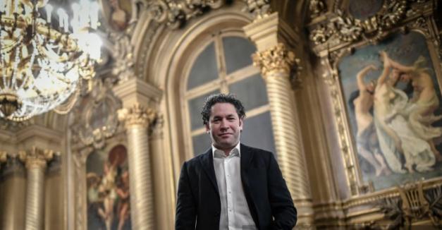 Gustavo Dudamel mostró la alegría por su nombramiento. Foto AFP