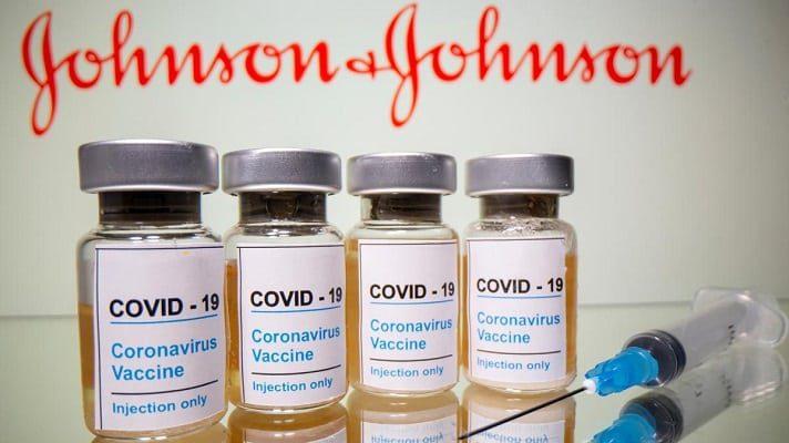 Es posiblEs posible que a Venezuela le asignen vacunas de J&J a través del mecanismo Covax. El anuncio lo hizo Ciro Ugarte, director del Departamento de Preparación para Emergencias de la Organización Panamericana de la Salud.e que a Venezuela le asignen vacunas de J&J a través del mecanismo Covax. El anuncio lo hizo Ciro Ugarte, director del Departamento de Preparación para Emergencias de la Organización Panamericana de la Salud.