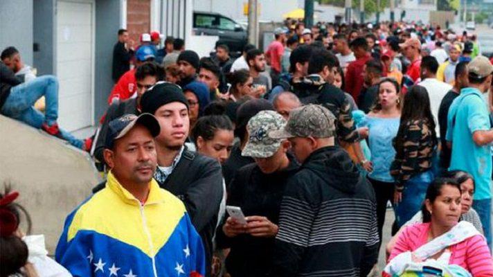 """""""Migrantes Regulares"""" es un programa a través del cual 16 ONG buscan ayudar a unos 6.000 venezolanos a regularizar su situación en Perú."""