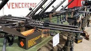 Actores legales amenazan y extorcionan a comerciantes y empresarios con armas robadas de cuarteles venezolanos