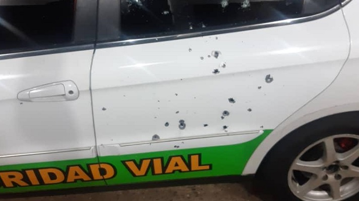Un grupo armado habría atacado el comando de la Guardia Nacional en Santa Ruta, estado Zulia. El saldo el ataque sería un militar muerto y un herido, informó la ONG FundaRedes, en Twitter.