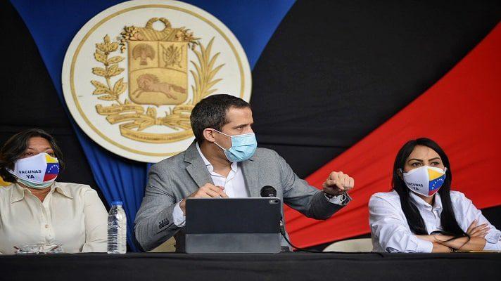 El dirigente opositor Juan Guaidó, ratificó este miércoles su plan de salvación nacional y llamó a la gente a que lo multipliquen en la calle. Igualmente, pidió deponer los intereses personales a favor de Venezuela.