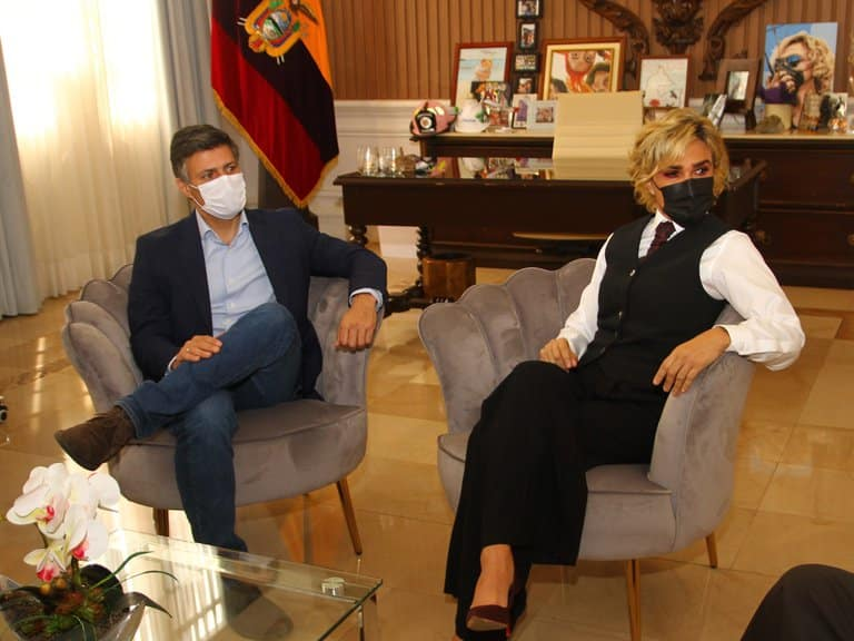Reunión de Leopoldo López con connacionales venezolanos en Guayaquil