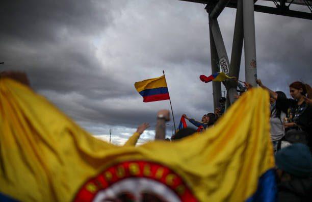 Guerrilla desde Venezuela estaría pagando a vándalos en Colombia