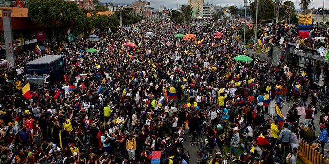Jornada de manifestaciones multitudinarias en Colombia en el marco del Paro Nacional