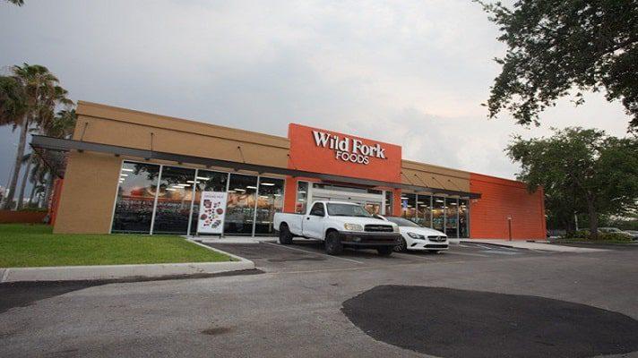 Belén Estacio, demandó a la oficina corporativa de Wild Fork Foods en Miami, Estados Unidos. La base de la demanda es que crearon un ambiente de trabajo hostil en su contra por ser venezolana.