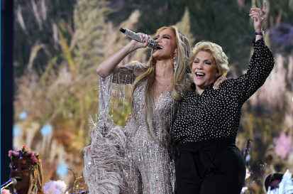 J-Lo actuó con su mamá. Foto AFP