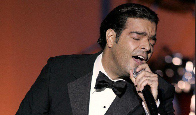 Pablo Montero recibe críticas por equivocarse al interpretar el Himno Nacional mexicano