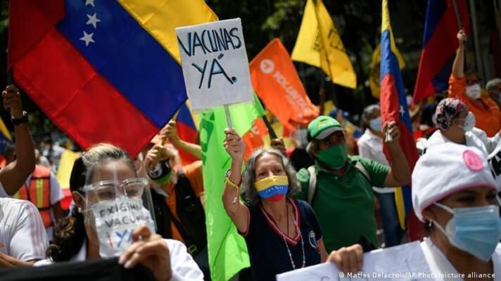Pasa el tiempo y cada vez aumenta la incertidumbre acerca de las vacunas contra la COVID-19 para los venezolanos.