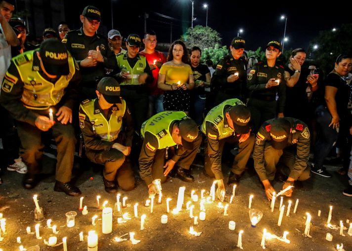 Atentados con carros bomba en Colombia a guarniciones de las Fuerza Pública