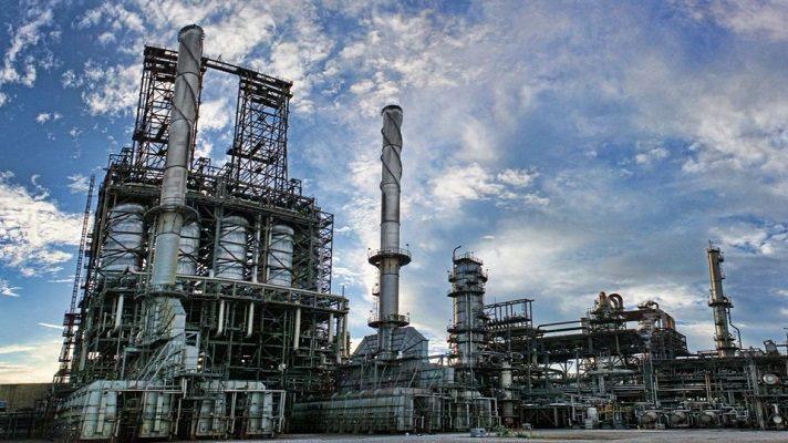 Las exportaciones de Pdvsa se colocaron en 593.550 barriles diarios en mayo. Esto se debe a la falta de diluyentes para producir crudo a grados exportables, indicó la agencia Reuters que cita documentos y datos de rastreo de tanqueros.