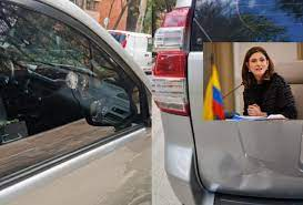 ILESA sale mintransporte de ataque a su carro oficial