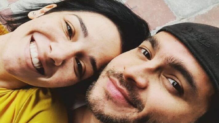 La actriz Daniela Alvarado anunció este sábado que se casó con su pareja y también actor, José Manuel Suárez. Todo parece indicar que la boda ocurrió hace un mes,