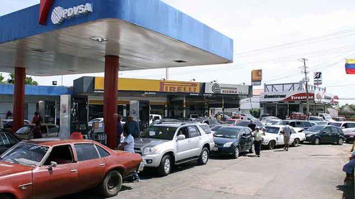 colectivo-en-lara-secuestra-a-dirigente-chavista-y-luego-aparece-detenida-por-denunciar-mafias-de-la-gasolina