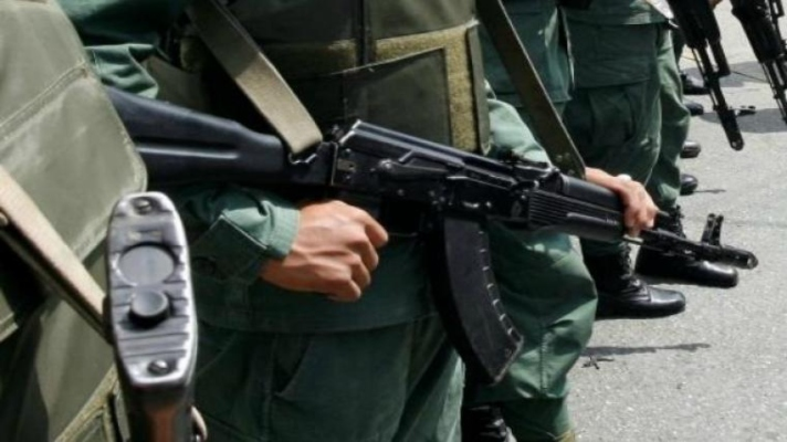 hurto-dos-fusiles-de-base-militar-matan-a-soldado-y-lanzan-su-cuerpo-en-una-fosa-en-anzoategui
