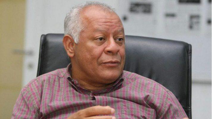El poco gasoil que llegó la semana pasada a Venezuela se lo habrían llevado a Cuba. La denuncia la hizo Iván Freites, secretario de profesionales y técnicos de la Federación Unitaria de Trabajadores Petroleros de Venezuela.