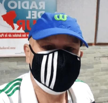 Adolfo Cubas comparte con sus oyentes desde La Radio del Sur. Foto Instagram