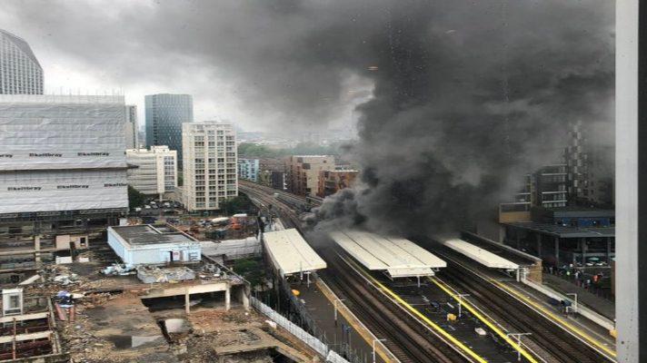 no-es-un-acto-terrorista-evacuan-estacion-del-metro-de-londres-por-gigantesco-incendio-en-una-de-sus-estaciones